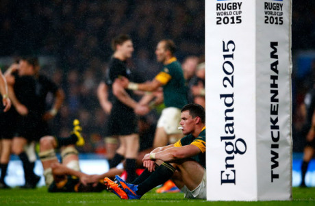 LONDON, ENGLAND - OCTOBER 24:  Jesse Kriel of South Africa sits dejected by the post pads at the end of the match during the 2015 Rugby World Cup Semi Final match between South Africa and New Zealand at Twickenham Stadium on October 24, 2015 in London, United Kingdom.  (Photo by Shaun Botterill/Getty Images)